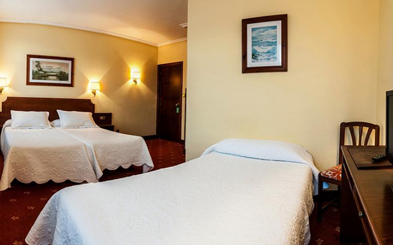 Hotel Las Rocas - habitación triple